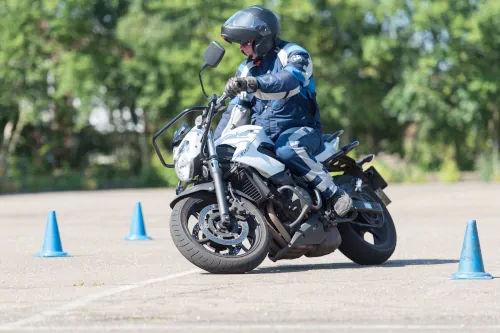 Motorrijbewijspoint Limburg motor rijtest