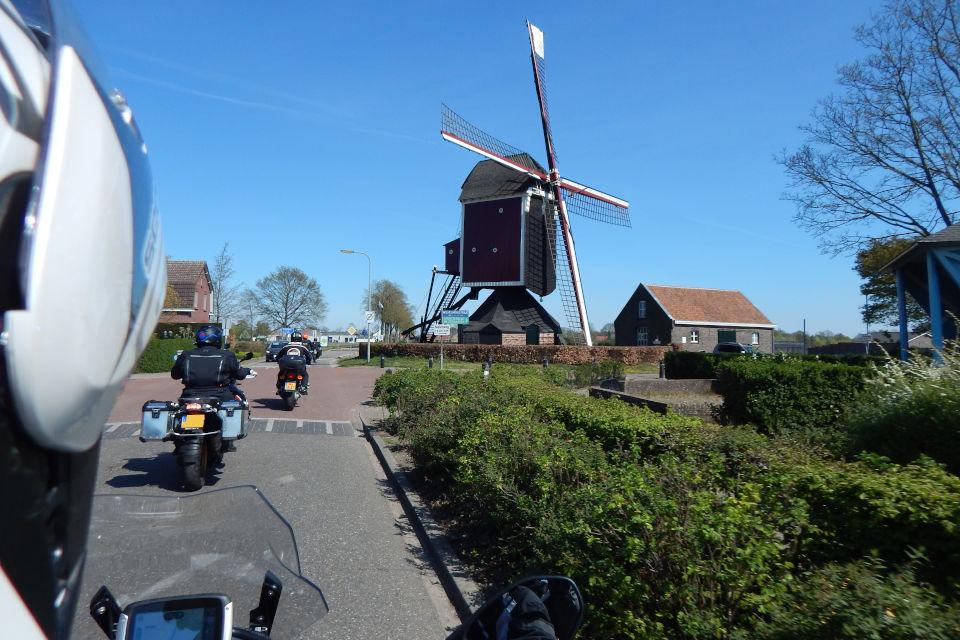 Motorrijbewijspoint Limburg motorrijlesplan